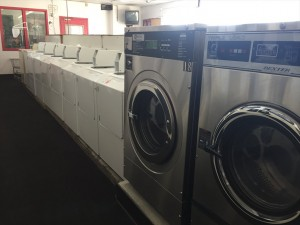 Superior-Laundromat-Photo_003
